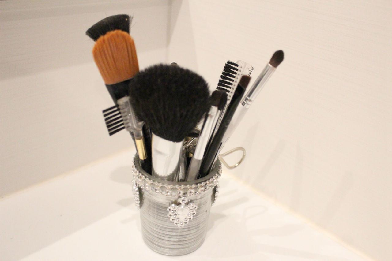 Le choix de pinceaux de maquillage est large