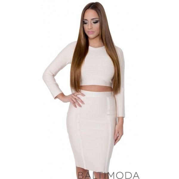 Pour un look chic et glamour, choisissez cette robe bandage beige deux pièces.